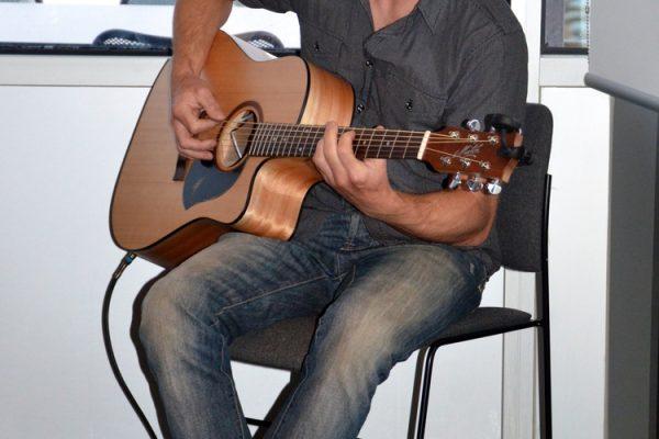 Jack McKeon_Guitarist